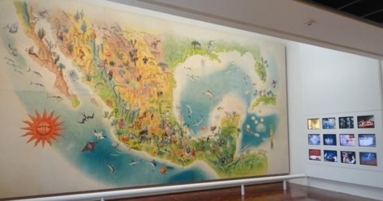 Mural de Miguel Covarrubias en el MAP
